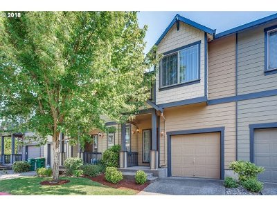 Troutdale Condo/Townhouse For Sale: 659 SW Edgefield Meadows Ave