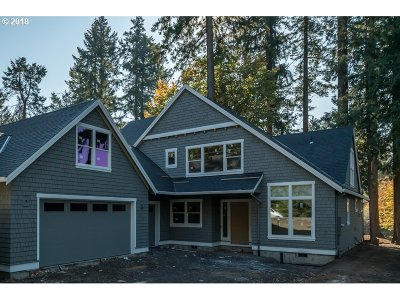 Lake Oswego Single Family Home For Sale: 4620 Dogwood Dr