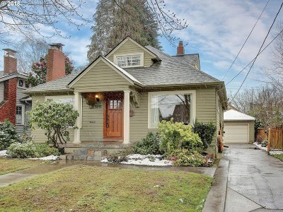 Portland Single Family Home For Sale: 3145 NE 25th Ave