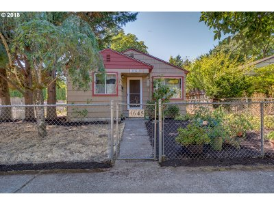 Portland Single Family Home For Sale: 4645 SE 79th Ave