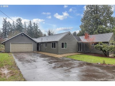Milwaukie Single Family Home For Sale: 4610 SE Hill Rd