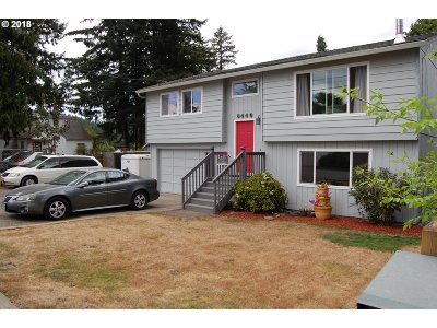 Portland Single Family Home For Sale: 6440 SE 140th Ave