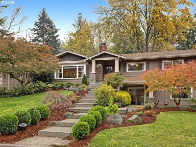 Lake Oswego Single Family Home For Sale: 19166 Olson Ave