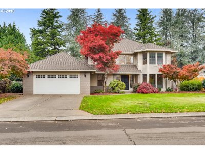 Lake Oswego Single Family Home For Sale: 3857 Bass Ln