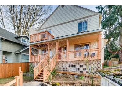 Oregon City, Beavercreek, Molalla, Mulino Single Family Home For Sale: 408 Logus St