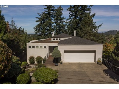 Single Family Home For Sale: 6909 SE Ash St