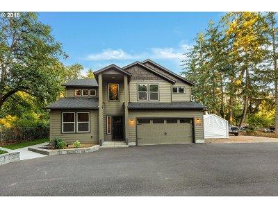 Eugene Single Family Home For Sale: 2753 Ferndale Dr