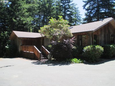 Bandon Single Family Home For Sale: 88460 Trout Pond Ln