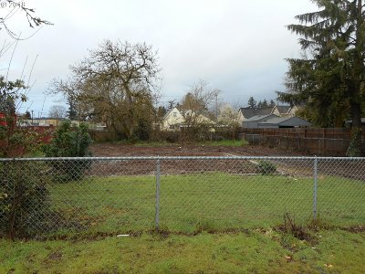 Milwaukie, Gladstone Residential Lots & Land For Sale: 14601 SE Rupert Dr