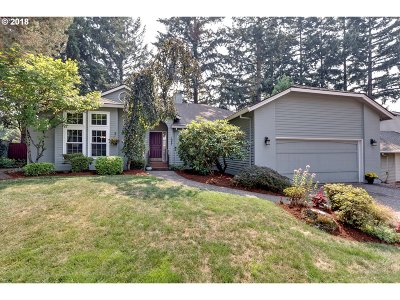 West Linn Single Family Home For Sale: 1927 Aztec Ct