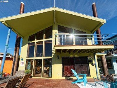 Portland Single Family Home For Sale: 100 SE Harney St #10