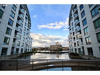 Condo/Townhouse For Sale: 1310 NW Naito Pkwy #110