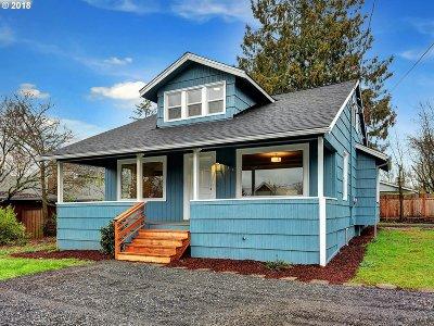 Portland Single Family Home For Sale: 824 NE 92nd Ave