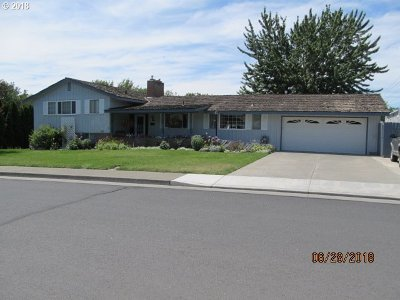 Hermiston Single Family Home For Sale: 235 NW 9th St