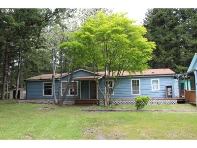 Bandon Single Family Home For Sale: 87429 McTimmons Ln