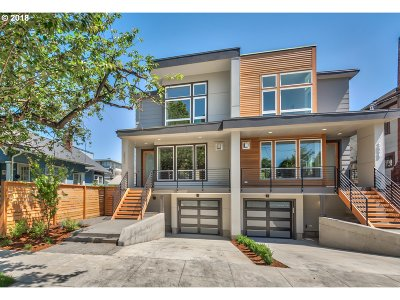 Portland Single Family Home For Sale: 2532 SE 37th Ave