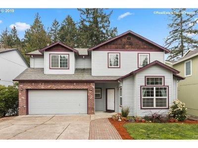 Hillsboro Single Family Home For Sale: 7242 NE Shaleen St