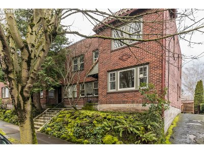 Portland Single Family Home For Sale: 1425 SE 30th Ave