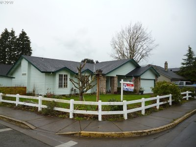 Cottage Grove Single Family Home For Sale: 622 S R St