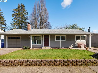 Single Family Home For Sale: 2800 SE 176th Pl