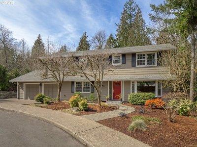 Lake Oswego Single Family Home For Sale: 1590 Bonniebrae Dr