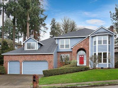 West Linn Single Family Home For Sale: 21375 Horton Ct