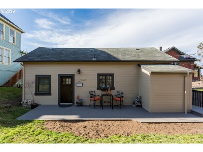 Astoria Single Family Home For Sale: 659 31st St