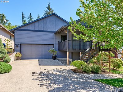 Happy Valley, Clackamas Single Family Home For Sale: 14367 SE Summerfield Way