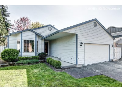Beaverton Single Family Home For Sale: 21468 SW Gregory Dr