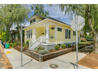 Portland Single Family Home For Sale: 1543 SE Pershing St