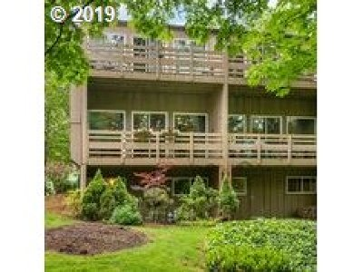 Clackamas County, Multnomah County Condo/Townhouse For Sale: 4 Touchstone #119