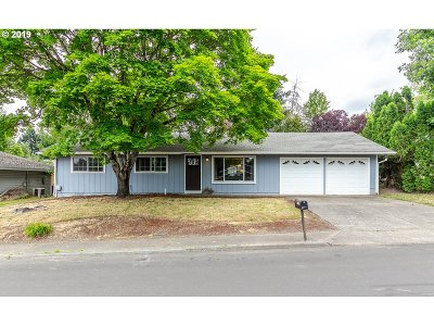 Tigard Single Family Home For Sale: 11585 SW Tigard Dr