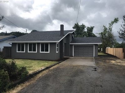Sutherlin Single Family Home For Sale: 200 Valentine Ave