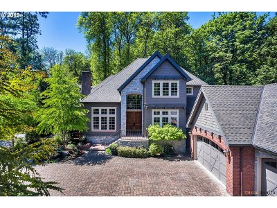 Lake Oswego Single Family Home For Sale: 16315 Chapin Way