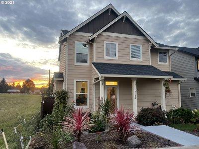 Sandy Single Family Home For Sale: 19141 Village Blvd