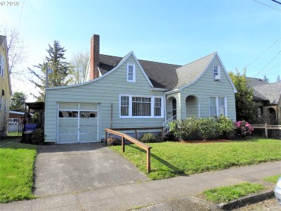 Single Family Home For Sale: 5112 SE Bush St