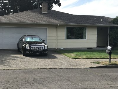 Gresham Single Family Home For Sale: 1411 SE 211th Ave