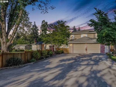 Portland Single Family Home For Sale: 5342 SW 65th Ave