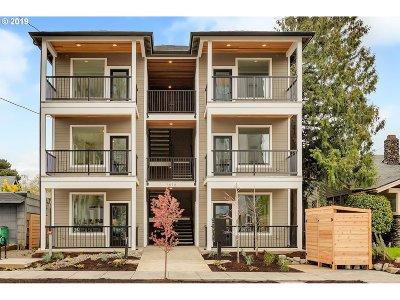 Portland Condo/Townhouse For Sale: 1616 NE 45th Ave #A