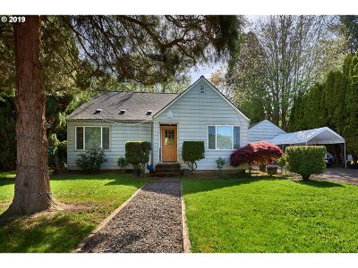 Dayton Single Family Home For Sale: 206 9th St