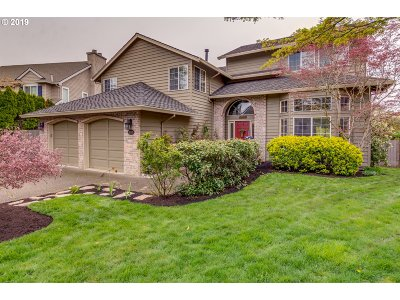 Tualatin Single Family Home For Sale: 19850 SW Taposa Pl