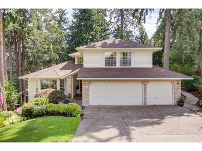 Beaverton Single Family Home For Sale: 10290 SW Gull Pl
