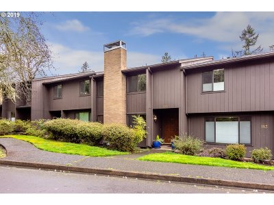 Eugene Single Family Home For Sale: 181 Westbrook Way