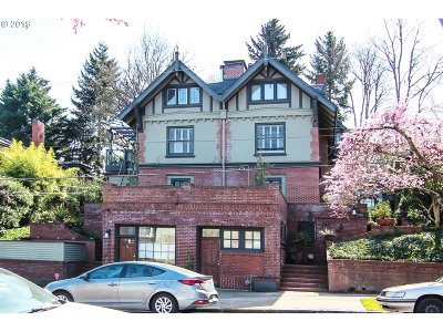 Portland Condo/Townhouse For Sale: 2566 NW Marshall St #B1