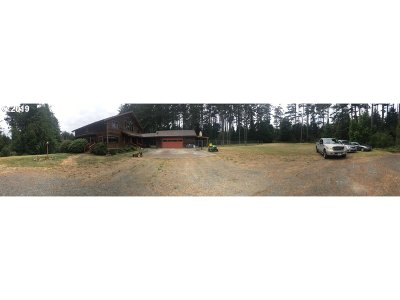 Bandon Single Family Home For Sale: 49192 Hwy 101
