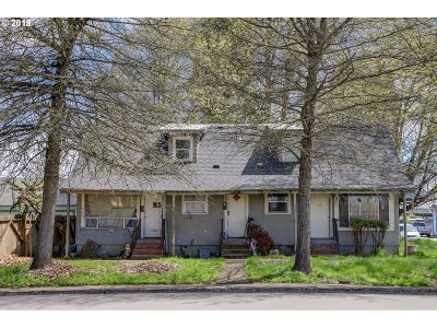 Springfield Multi Family Home For Sale: 207 24th St
