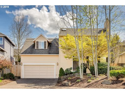 Tualatin Single Family Home For Sale: 9270 SW Skokomish Ln