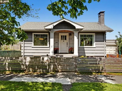 Portland Single Family Home For Sale: 2229 N Farragut St