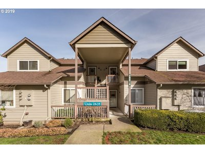 West Linn Condo/Townhouse For Sale: 20010 Marigold Ct #29