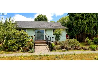 Coquille Single Family Home For Sale: 1096 N Elliott St